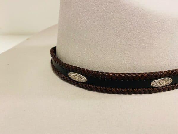 hattband conchos